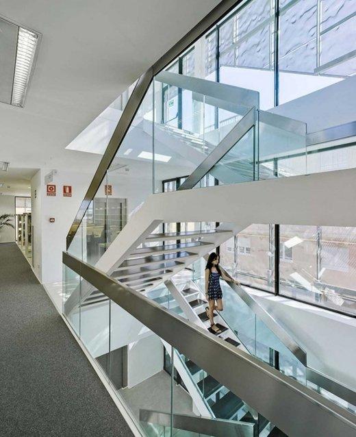 Biblioteca Pública y Centro Socio-cultural: Imagen 21 de 29