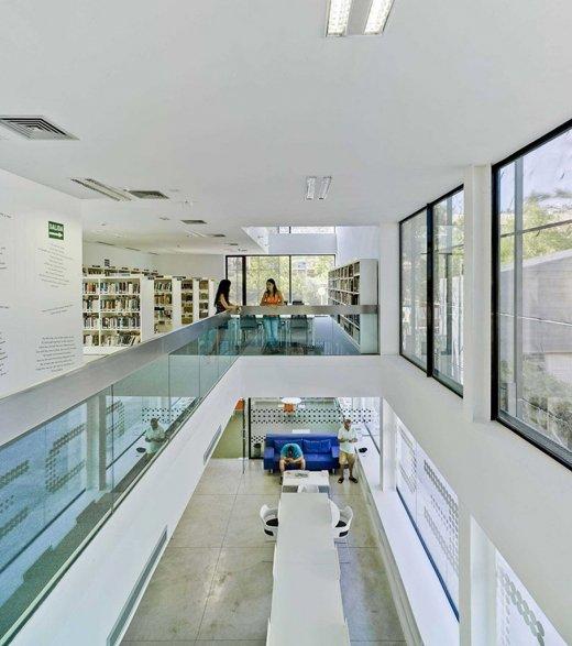 Biblioteca Pública y Centro Socio-cultural: Imagen 28 de 29